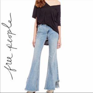 FREE PEOPLE Vintage Flare Raw Hem Jeans